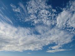 il cielo sopra il fiume