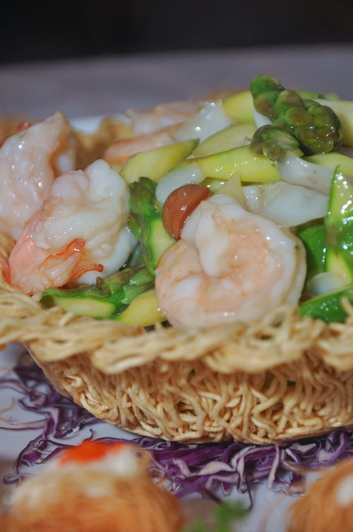 Stir fried Prawn with seasonal green and scallop roll 2