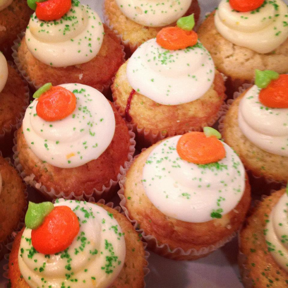 Honolulu Bakery Serves Seasonal Cupcake Flavors Waialua