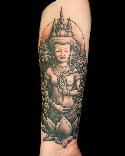 Black and Gray Apsara from Angkor Wat, by Megon Shore by UndertheNeedle