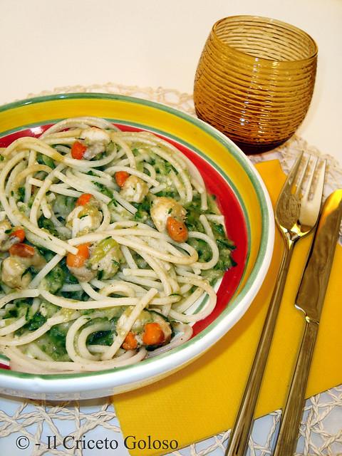 Spaghetti con zucchine e canestrelli al brandy
