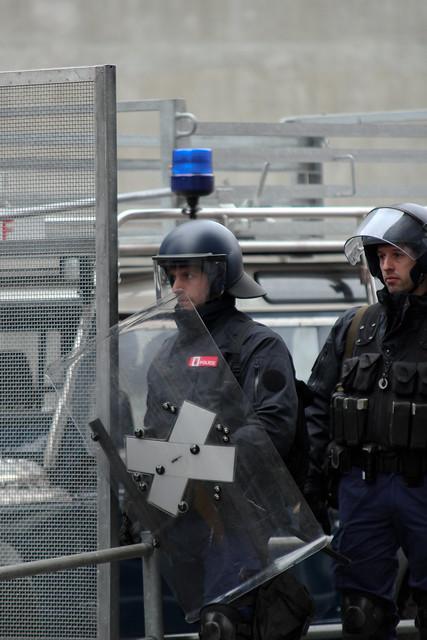 Polizei verhindert antikapitalistische Anti-WEF-Demo am 21.01.2012 in Bern