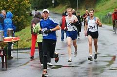 Kdo je tajemný Američan, který běhá a vyhrává v Praze