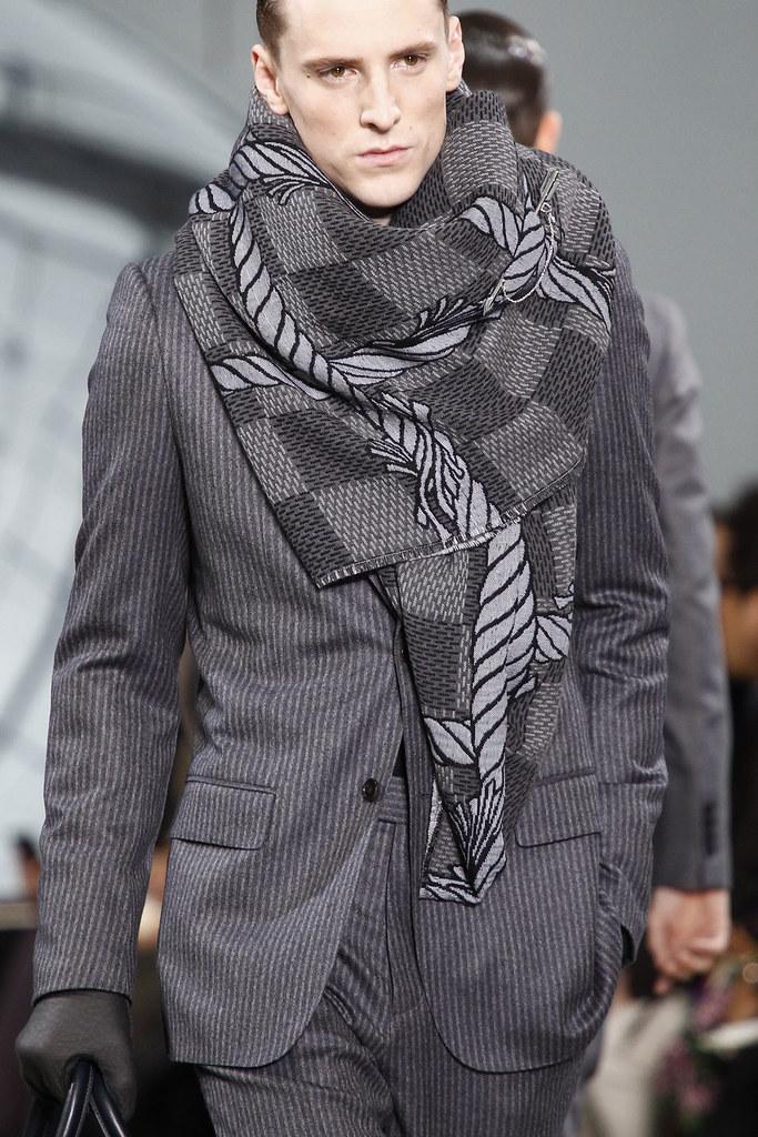 FW12 Paris Louis Vuitton076_George Barnett(VOGUE)
