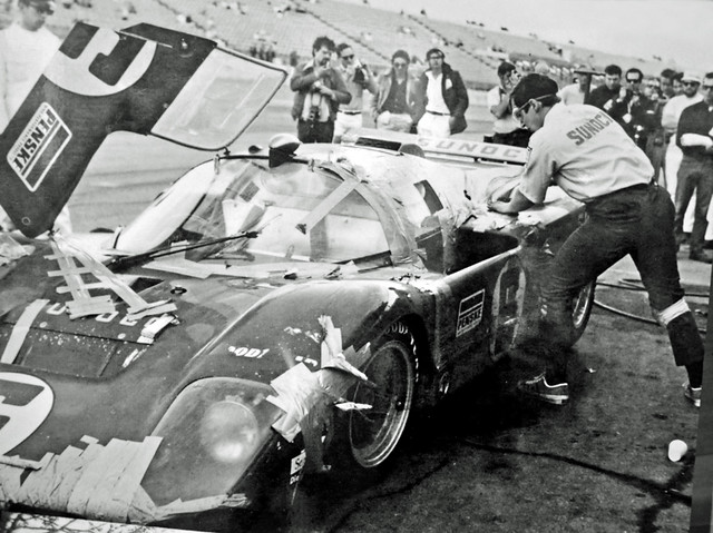 Penske duct tape special at Daytona 1971