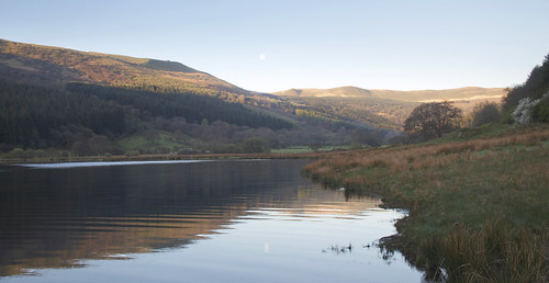 wales sunrise reservoir brecon beacons talybont