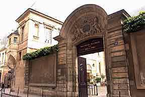 Bibliotheque_historique_VP_ext