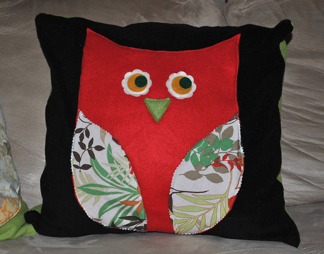 Crafting with mom: Owl pillow