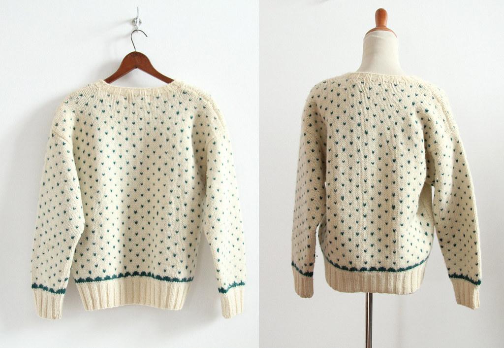 puppysweater3