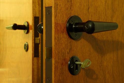 "TP33 ""Doors & handles"" - 無料写真検索fotoq"