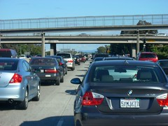 traffic on Hy 101 in Silicon Valley (by: Richard Masoner, creative commons license)