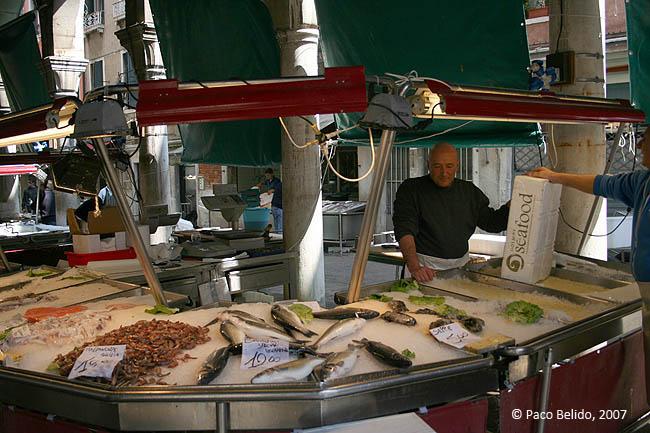 Mercado del pescado. © Paco Bellido, 2007
