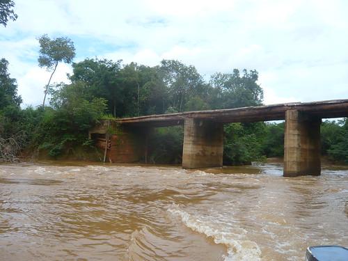 Ponte sobre o Córrego São Firmino