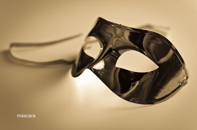 80/366: máscara