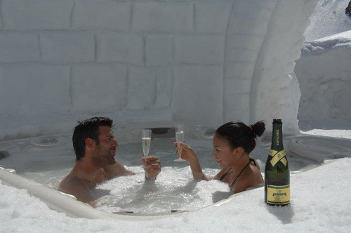 Gstaad Palace, Igloo Experience