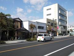 火, 2011-10-25 23:33 - 栃木駅前
