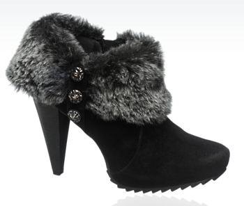 Deichmann Graceland faux fur bootie