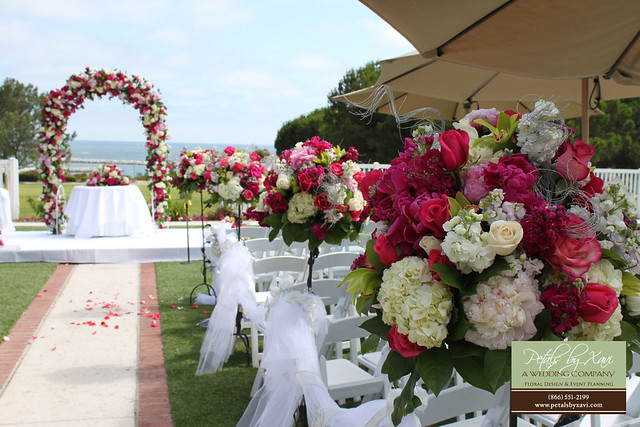 Tall Flower Arrangements Used For Wedding Ceremony Flowers Flickr
