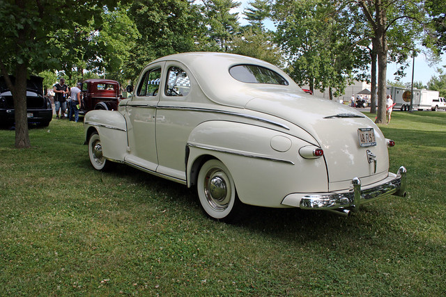 1948 ford super deluxe 8 business coupe 2 door sedan 11 for 1948 ford two door sedan