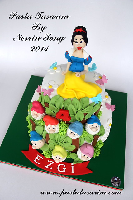 SNOW WHITE PRINCES CAKE - EZGİ