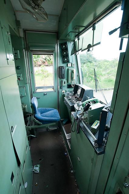 東京メトロ千代田線6000系 6112F 6012号車乗務員室
