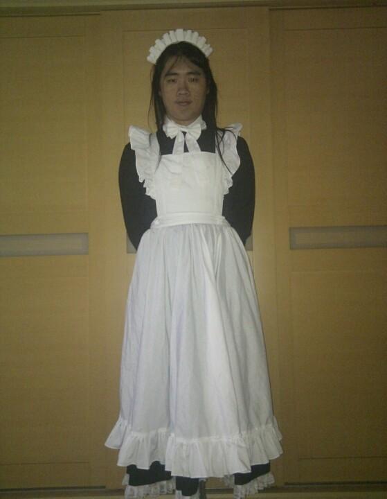 目前最喜歡的長版女僕裝