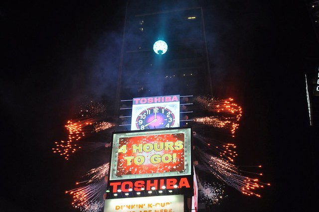 times square new years celebration dick jpg 1152x768