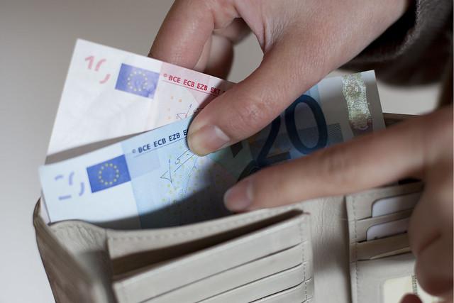 Finance-Money-Payment-EURO-ECB-EZB-2