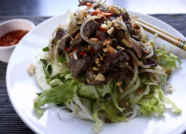 Vietnamese beef noodle salad | Meat in a Box