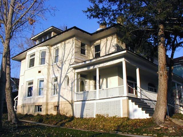 Salt Lake Apartments For Sale