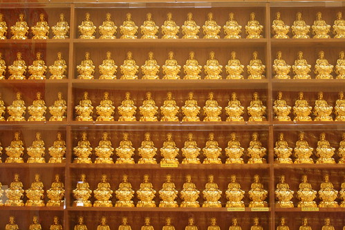 Rows of Buddha