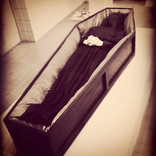#Funeral at the university. 大学でお葬式が行われている。 - 無料写真検索fotoq