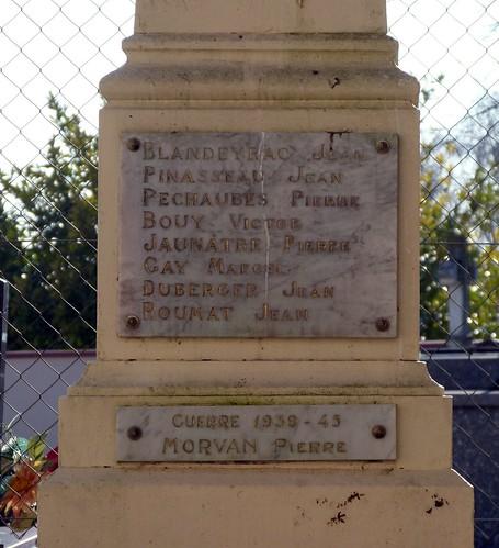 Hautesvignes - War Memorial 02