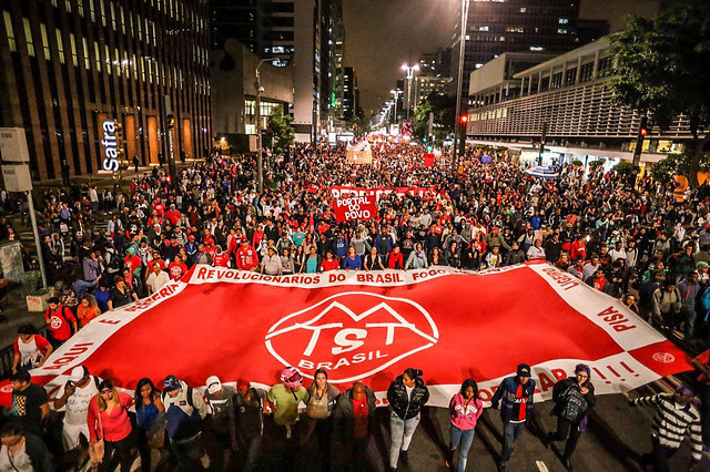 En varias capitales brasileñas, miles de personas salieron a las calles para repudiar el gobierno interino - Créditos: Midia Ninja