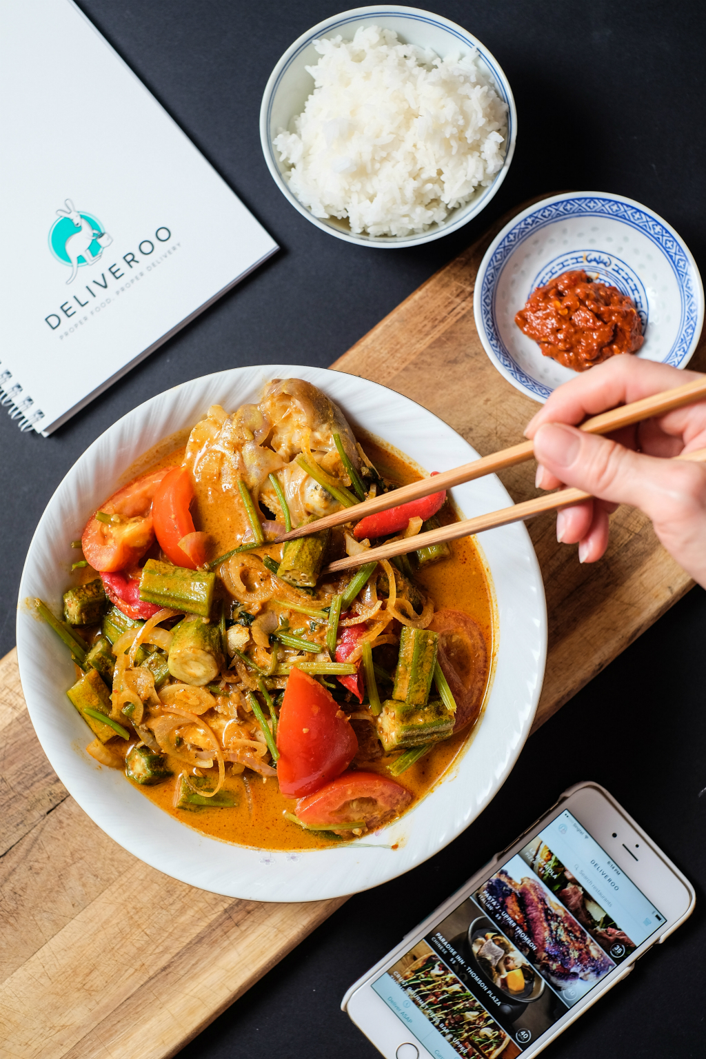 Hooked on Heads' Curry Fish Head on Deliveroo