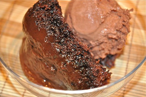 chocolate pudding cake/feature