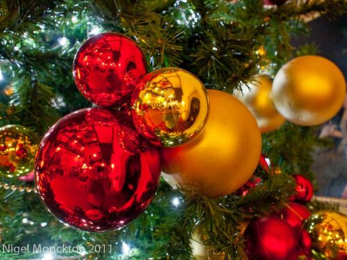 1000/655: 28 Nov 2011: It's Christmas already. by nmonckton