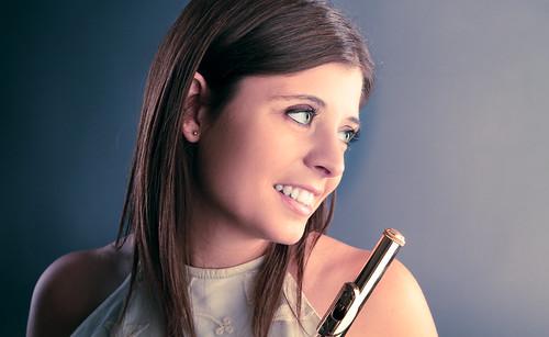 [フリー画像素材] 人物, 女性, 楽器, ドイツ人, 音楽, フルート ID:201112091200