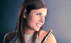 [Free Images] People, Women, Musical Instruments, German People, Music, Western Concert Flute ID:201112091200