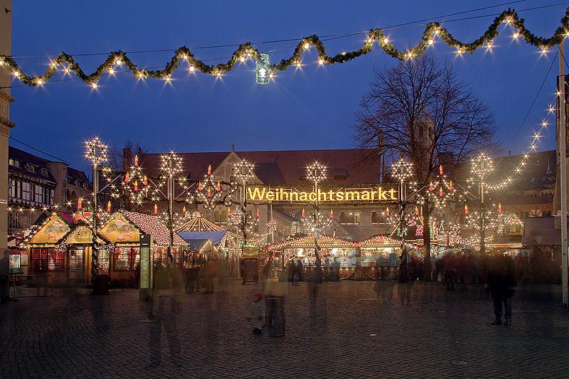 800px-Braunschweig_Weihnachtsmarkt