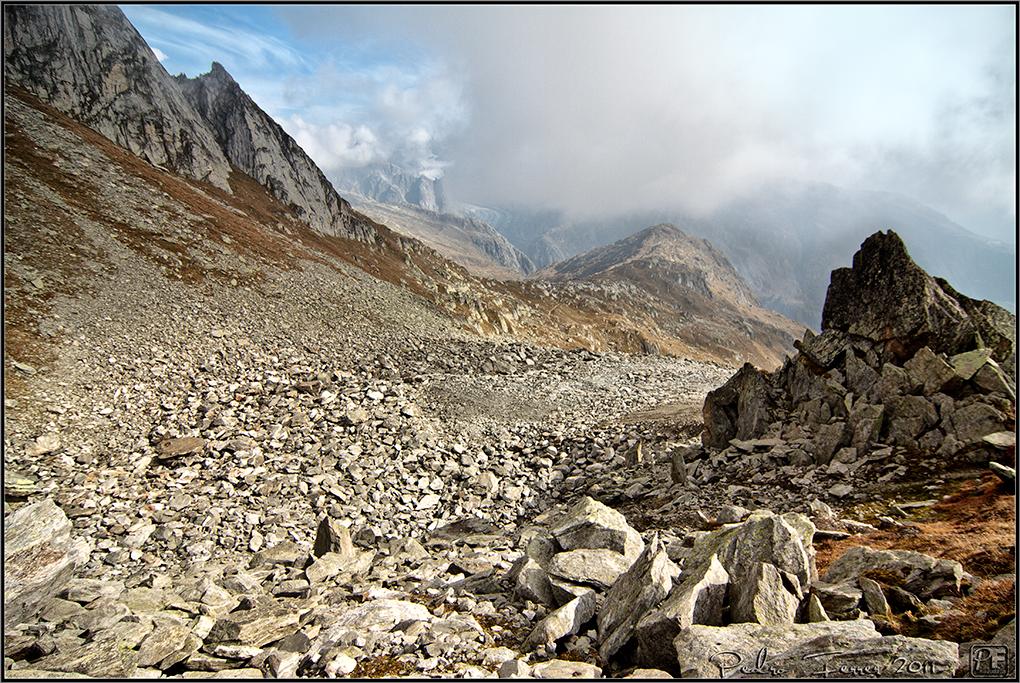 Suiza - Las montañas - Bajando del Eggishorn