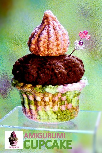 Amigurumi Cupcake by Amiguria by Amiguria