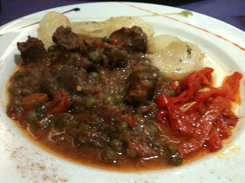 Zaragoza | Restaurante La Antigua | Estofado de carne a la jardinera