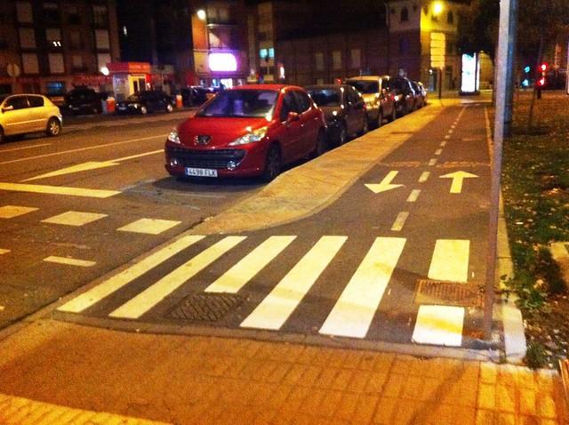 paso peatones carril bici correos