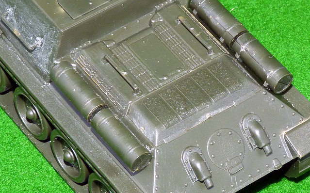 Armourfast 1:72 SU-85 - Engine deck