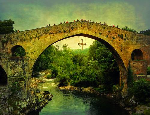 Puente romano - Cangas de Onís by Clickor