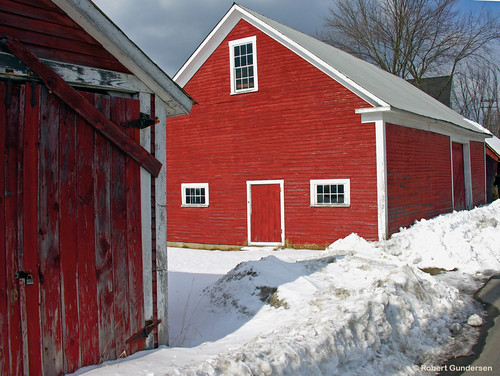 winter red usa snow cold barn catchycolors landscape outside town photo interesting nikon flickr image shots outdoor snowy country picture newengland newhampshire places nh scenes gundersen goffstown livefreeordie towngreen piscataquogriver bobgundersen robertgundersen