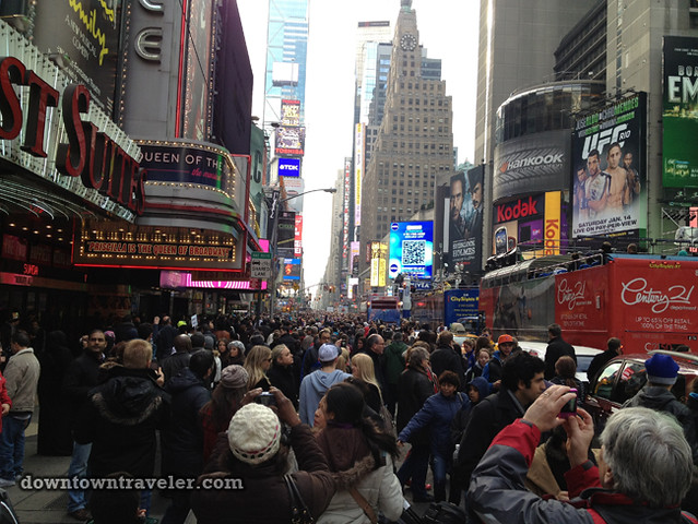 NYC Times Square New Years Eve 2012_tourists