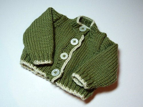 Baby cardigan by KittyStitch