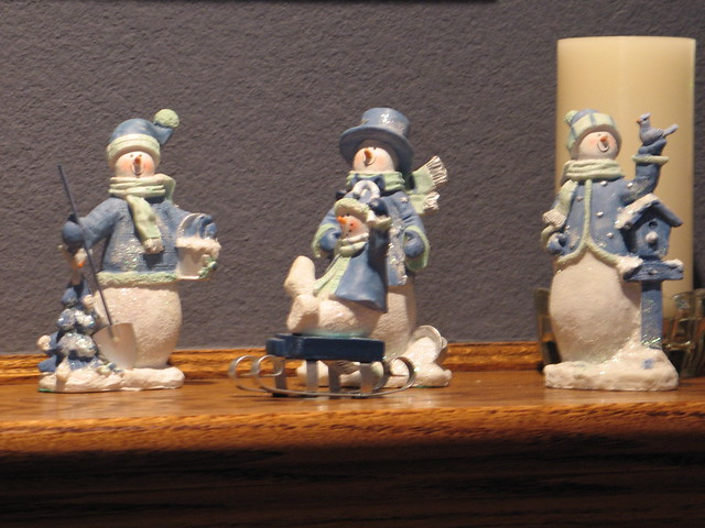 blue and white snowmen